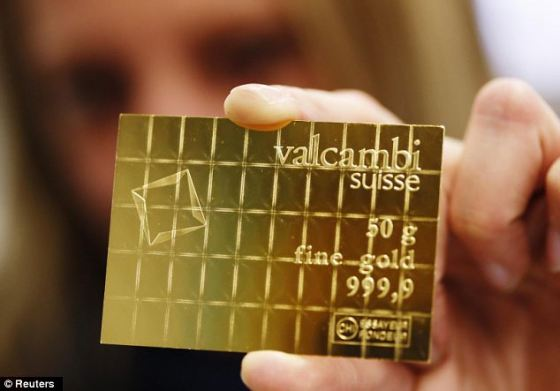 "In case of an emergency …The credit card sized CombiBars™ can be easily broken into 1 gram pieces of Gold Bar suitable to be used as a ""crisis payment""."